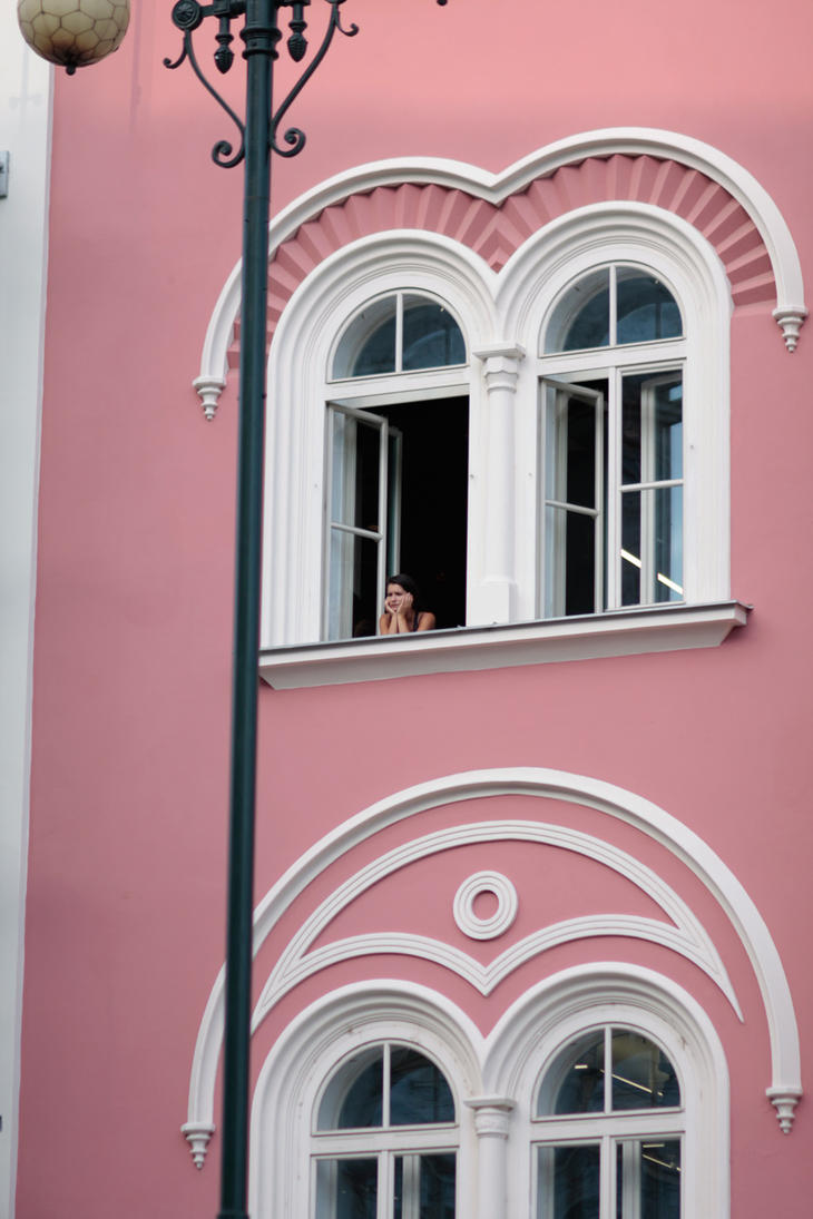 Lost in Pink by nilfgaad