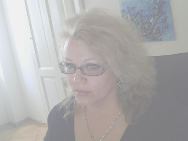 lovelycristina's Profile Picture