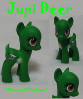 Jupi Deer by DeepDarkCreations