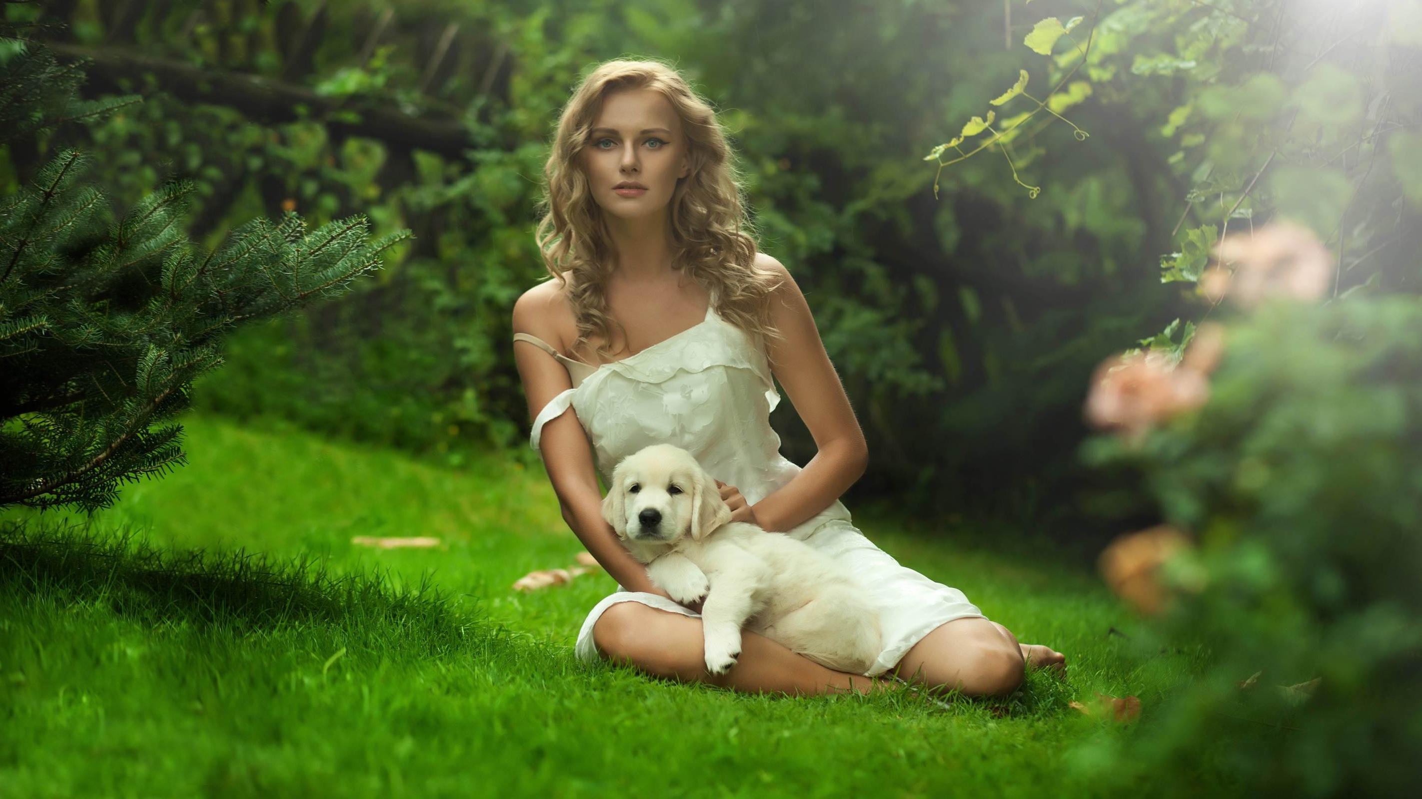 Смотреть блондинка с псом 23 фотография
