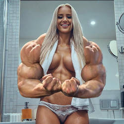 Most muscular blonde by zdabulls23