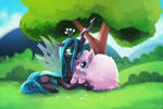 Fluffle Puff and Queen Chrysalis