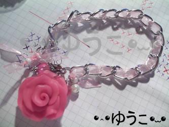 Rose Bracelet by lenneheartly