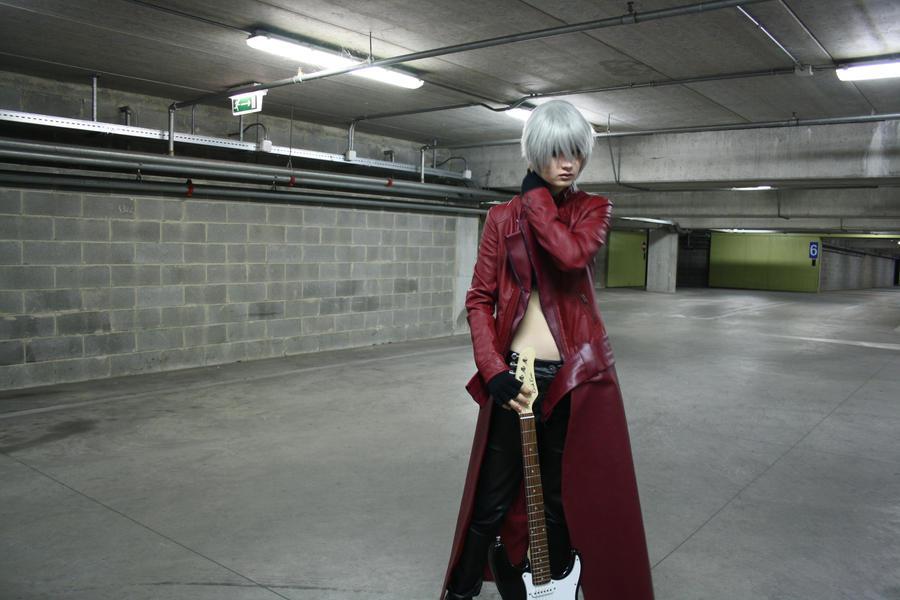 Guitarist by Seranaide