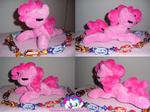 Filly shoulder Pinkie Pie