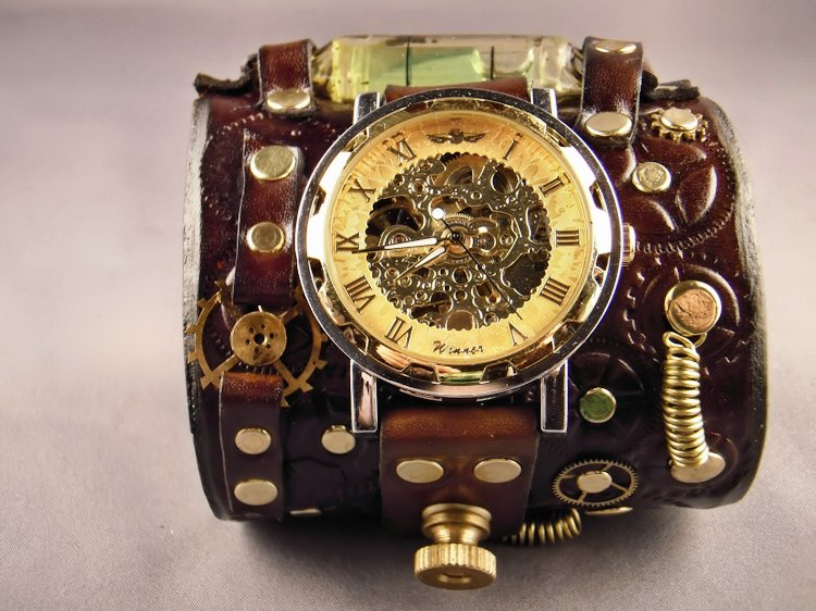 Steampunk leather cuff / watch by IsilWorkshop