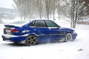 Snowy Saab 900 Viggen by ShadowPhotography