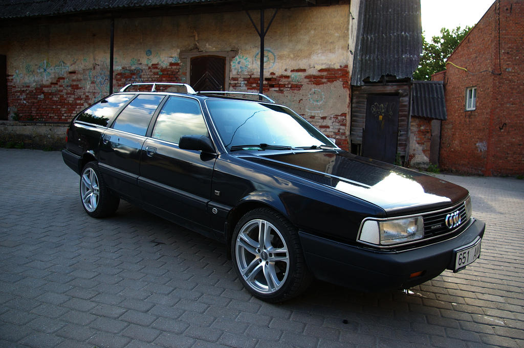 Audi S4 C4 Sedan.