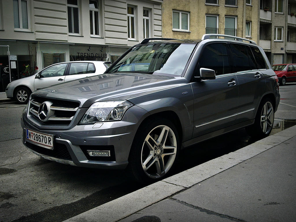 mercedes benz glk amg by shadowphotography on deviantart. Black Bedroom Furniture Sets. Home Design Ideas
