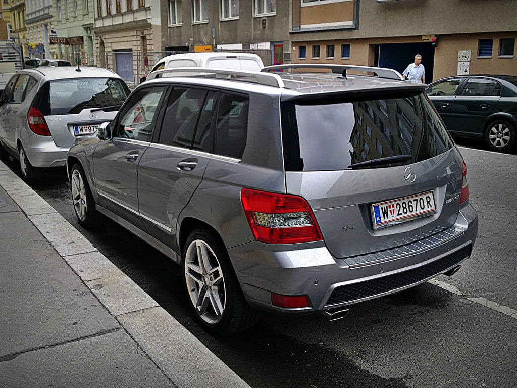 Mercedes benz glk amg back by shadowphotography on deviantart for Mercedes benz glk350 2011