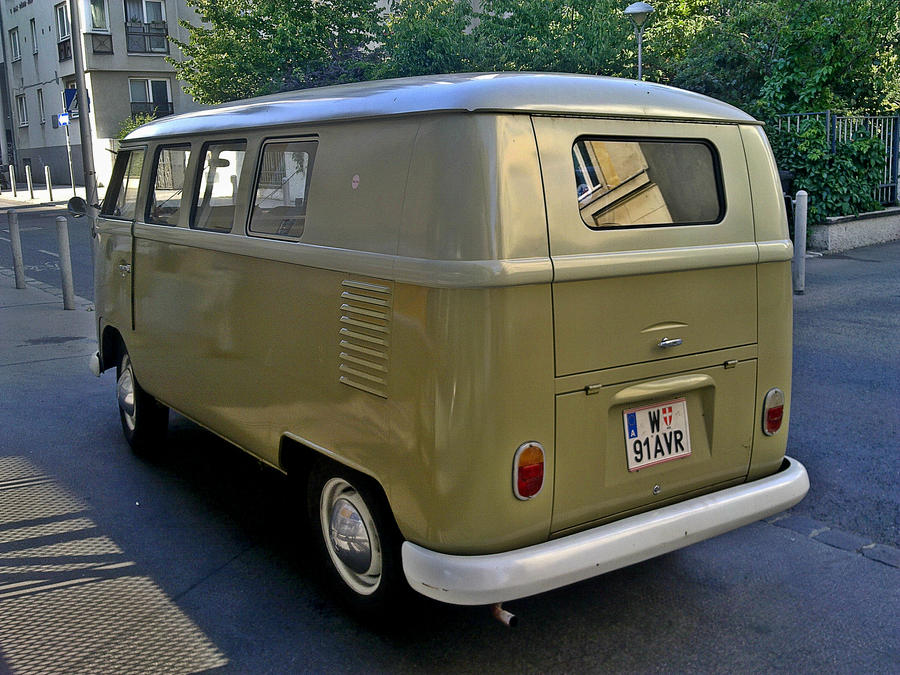 VW Bus T1 II by ShadowPhotography