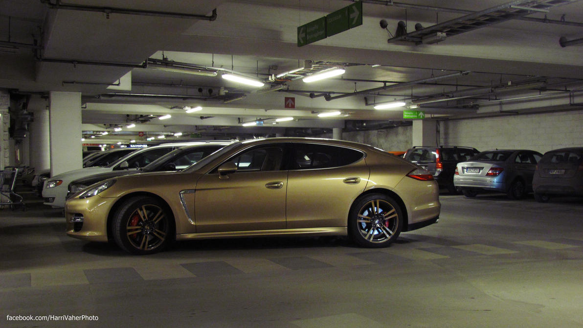 Porsche Panamera Turbo S by ShadowPhotography