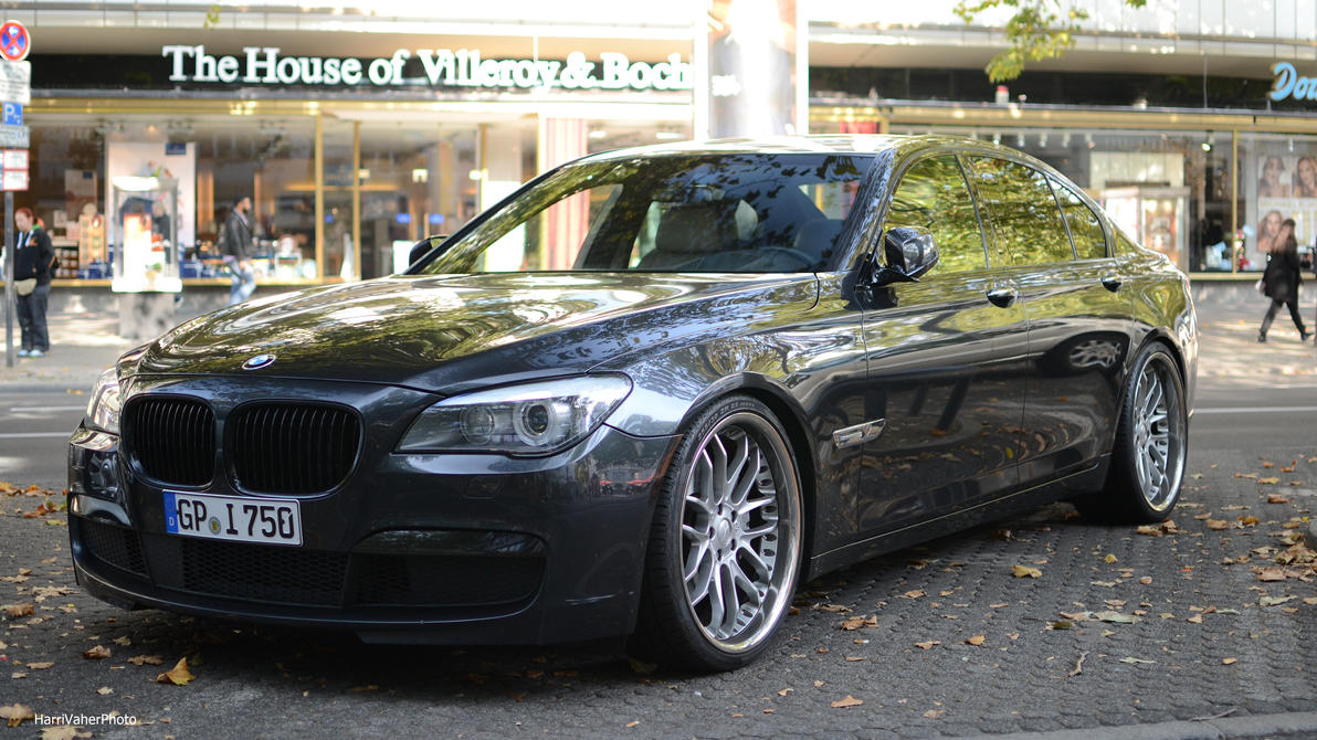 BMW 750i by ShadowPhotography