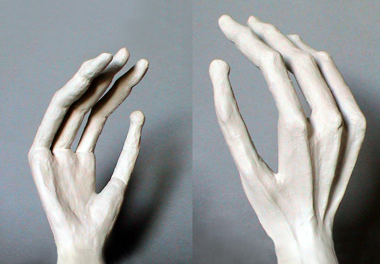 Alien Hand by Qiola