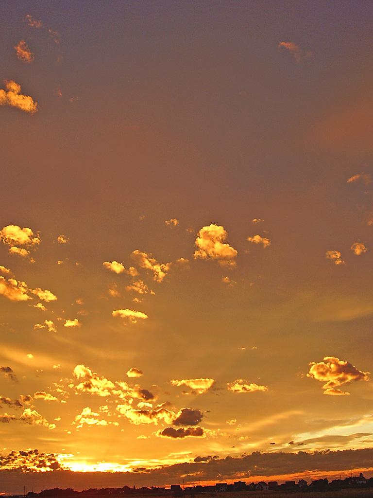 Cognack sky by marlene-stock