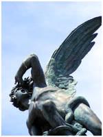 Fallen Angel by alischan