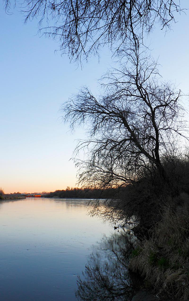 Winter river sunrise by gentlegenius