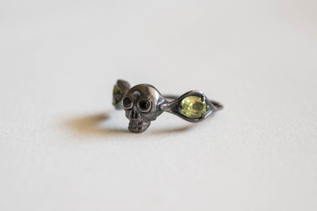 Peridot Mourning Ring by ilkela