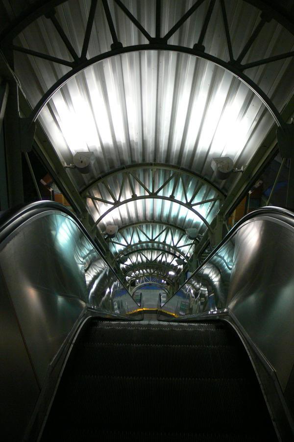 escalator by mickeyxmouse
