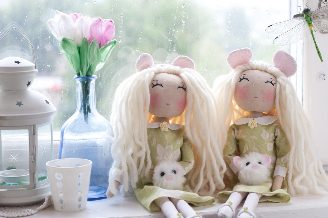 Rainy days by freedragonfly