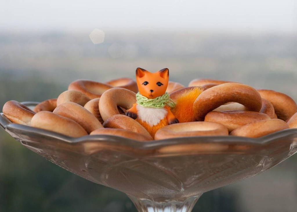 tiny fox and bubliki by freedragonfly