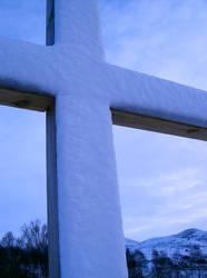 Cerys Cross 5