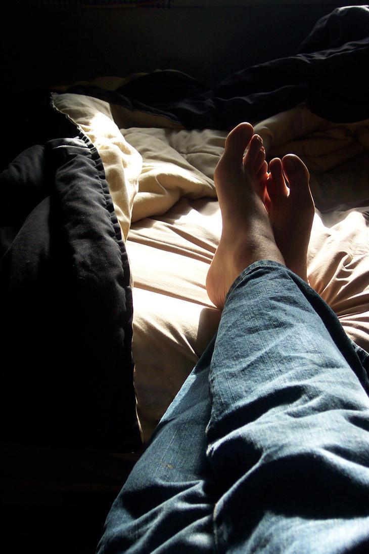 sunny feet by ExplosiveJello
