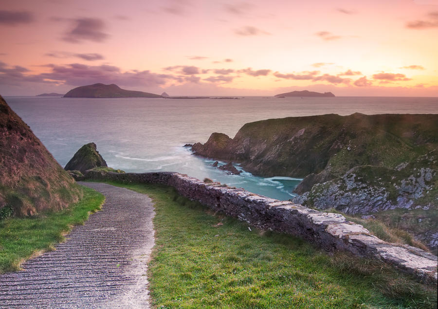 Dun Quinn Pier Road by cprmay