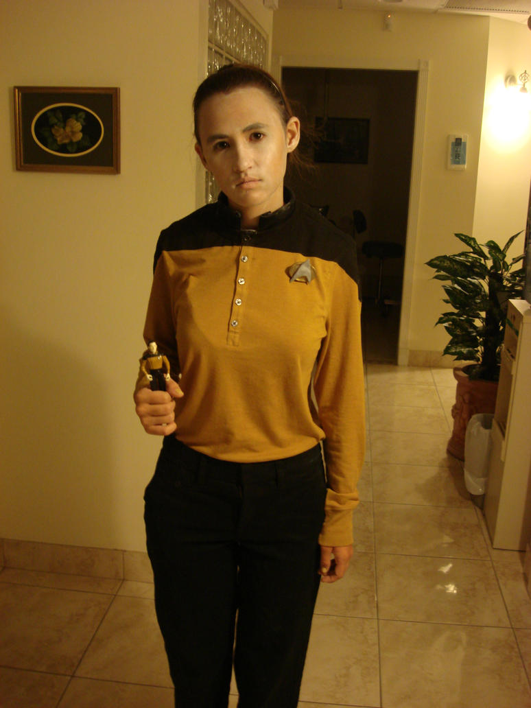 Data from Star Trek by Gubreez