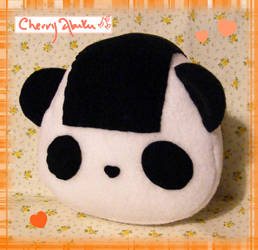 Panda Onigiri by CherryAbuku