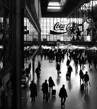 Munich Central Station by elcraxoenormo