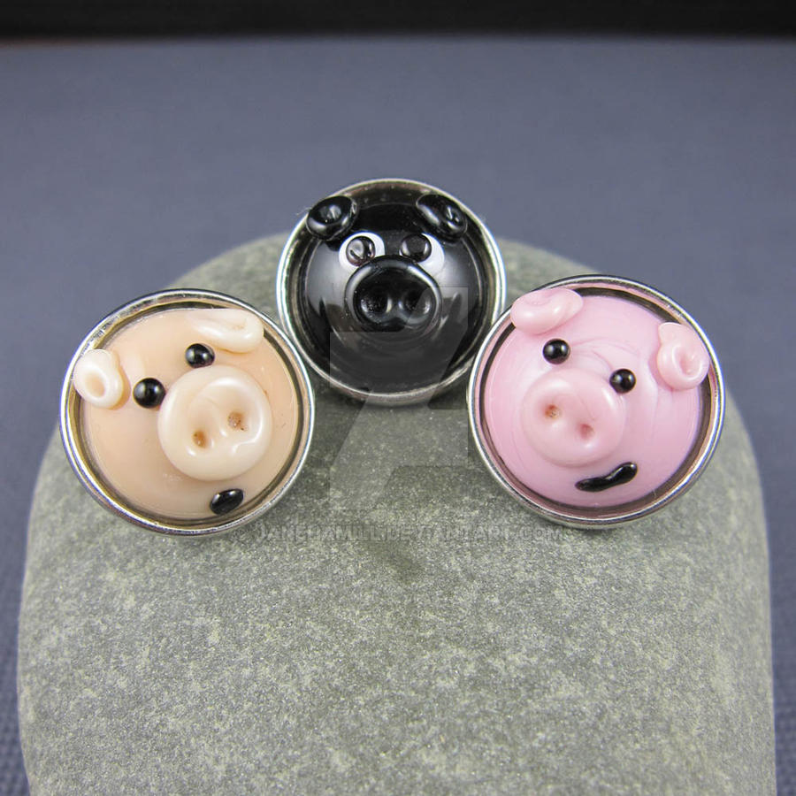 Three Little Piggies by janehamill