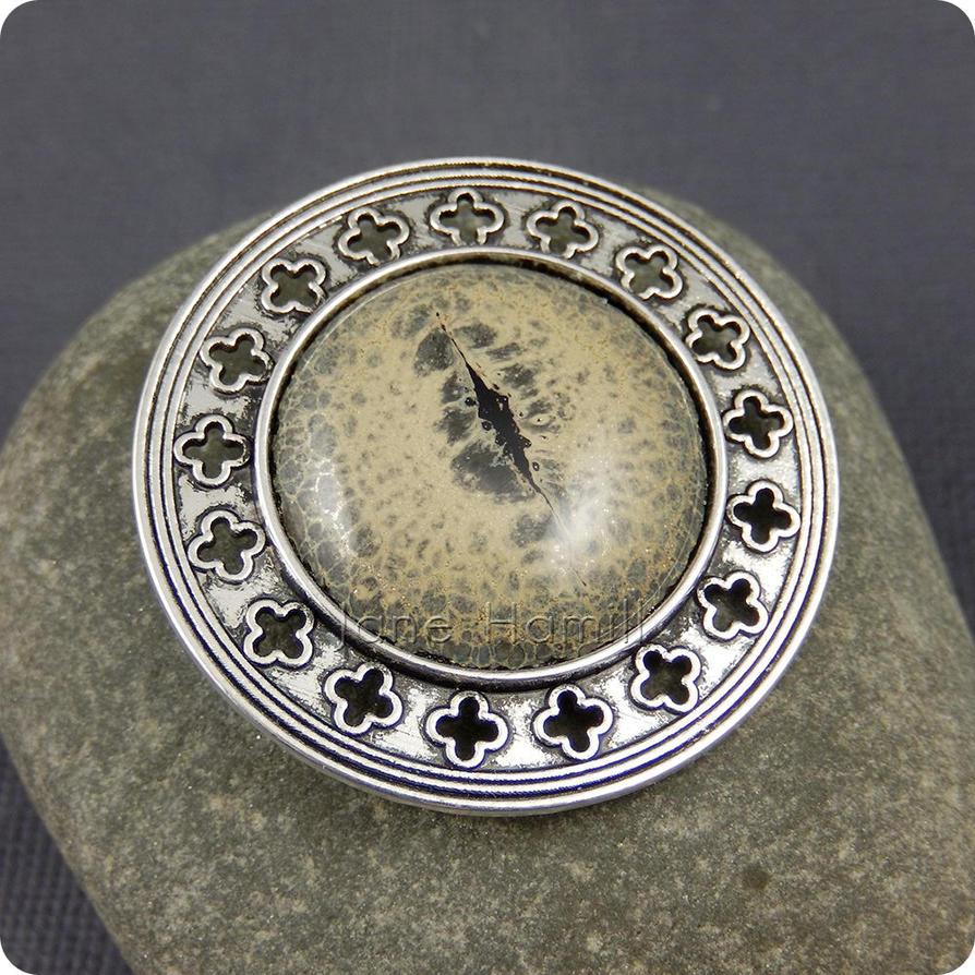 Dragon's Eye Brooch, handmade glass cabochon by janehamill