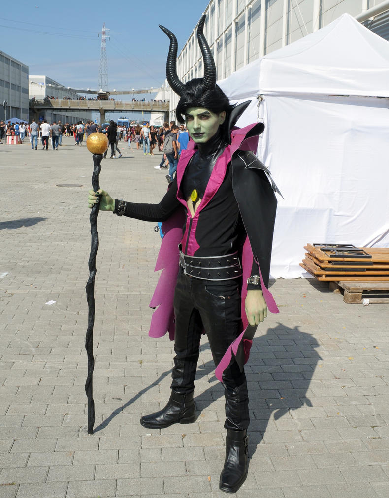 Maleficent (Male) Cosplay by Maspez on DeviantArt