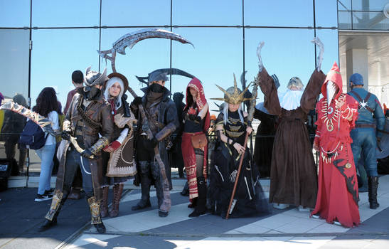 Dark Souls/Bloodborne Cosplay Group by Maspez