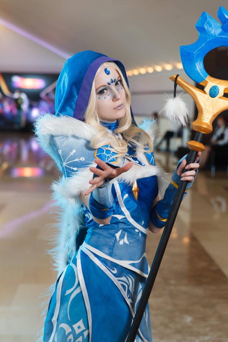 Crystal Maiden by AkinaGasai on DeviantArt