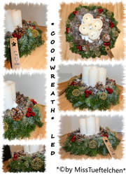 Coon Christmas wreath