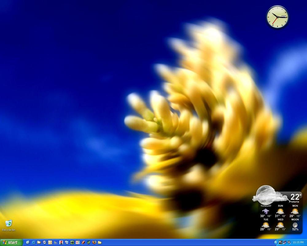 Desktop by kobie