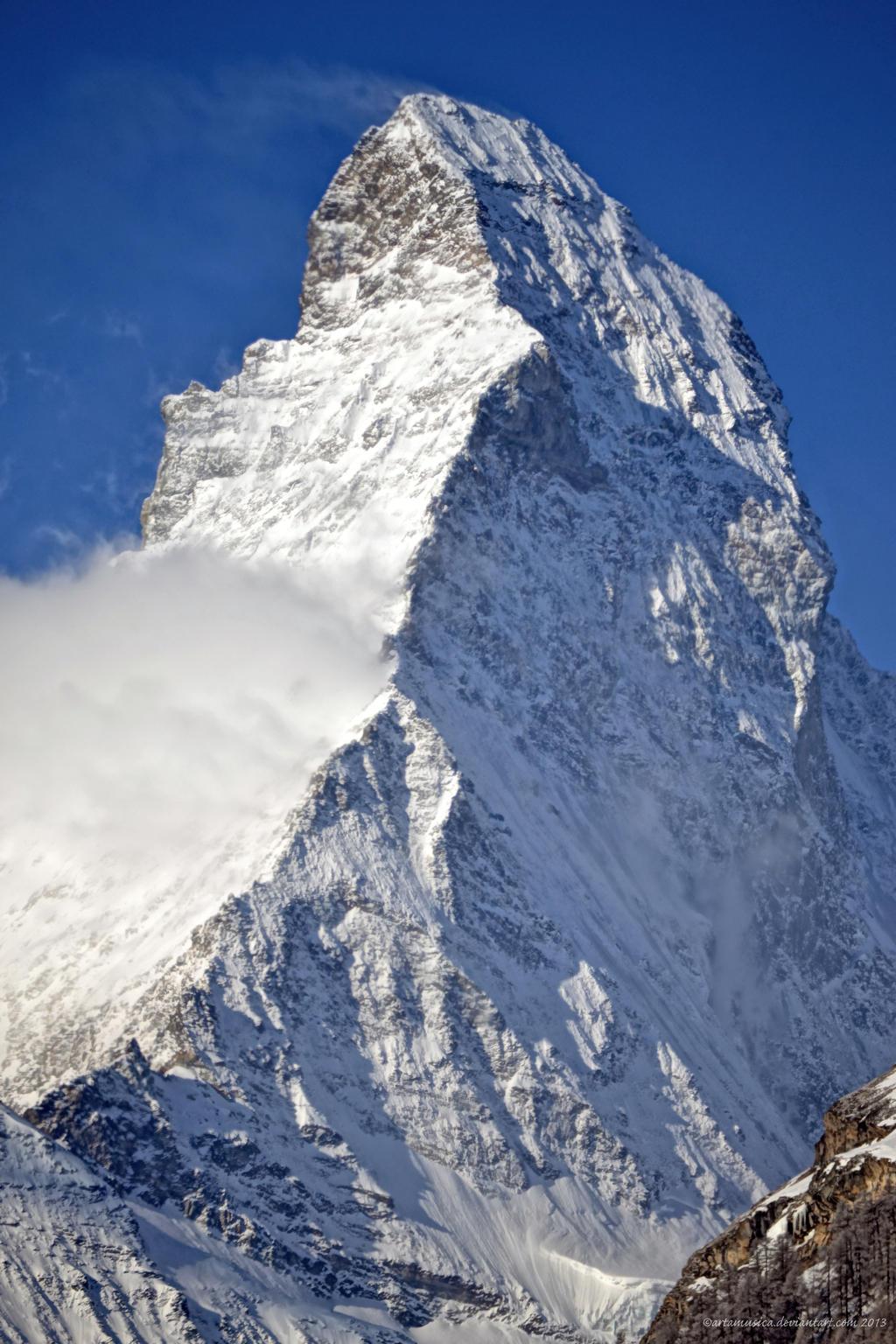 Matterhorn Triangular Focus by artamusica