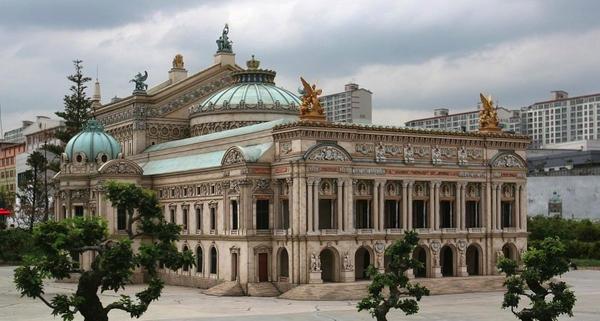 Model of the Paris Opera House by flintlockprivateer
