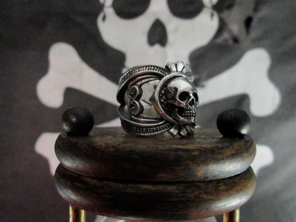 Deadmans ring, redux. by flintlockprivateer