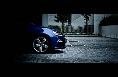 2011 VW Golf R by solace69