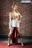 She-ra by IssssE
