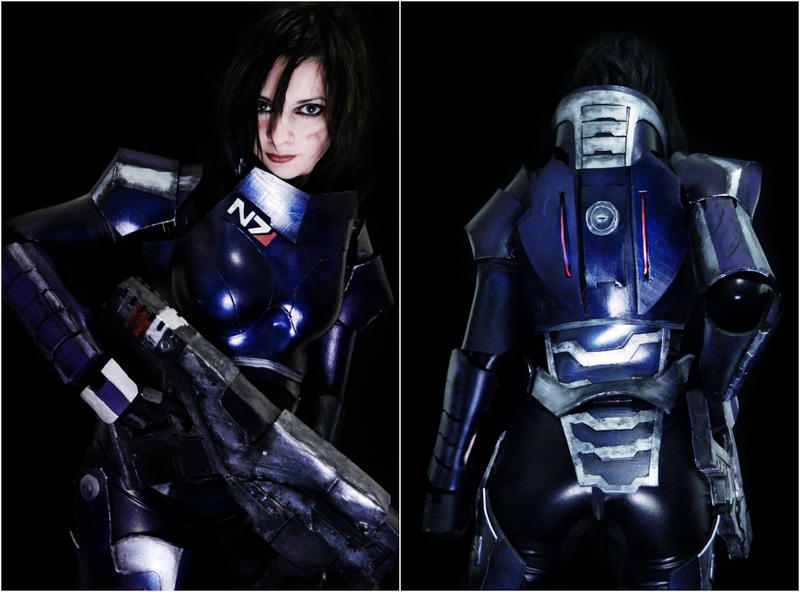 Shepard - Mass Effect by IssssE