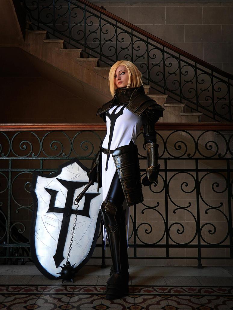 Crusader by IssssE