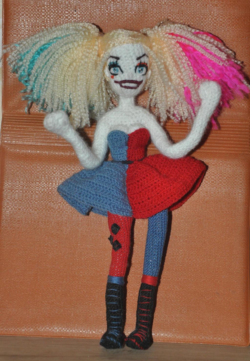 Amigurumi Harley Quinn : Amigurumi Harley Quinn by Faurik on DeviantArt
