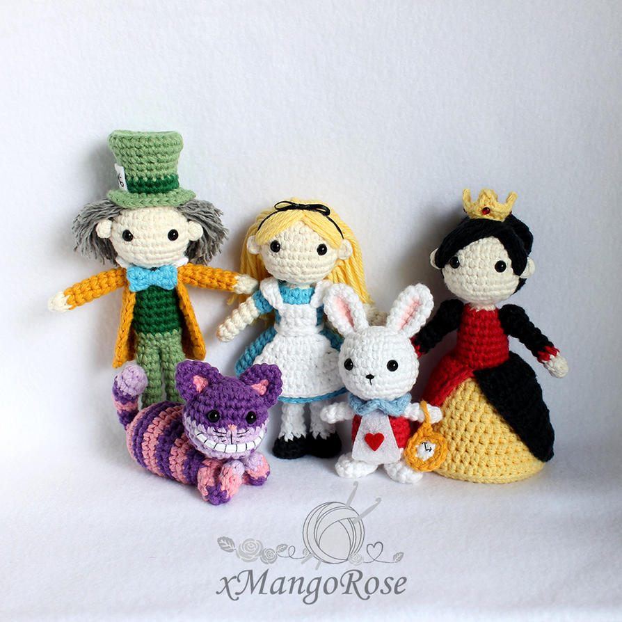 Cheshire Cat Amigurumi Crochet Pattern : Alice in Wonderland Dolls Collection (Group Pic) by ...