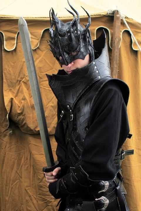 Dark mage armor by Feral-Workshop