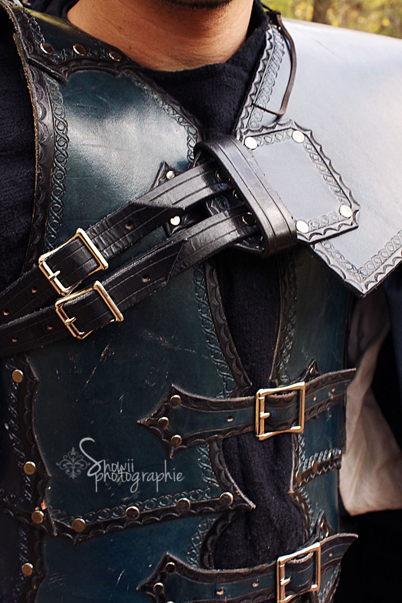 Minstrel armor close up by Feral-Workshop