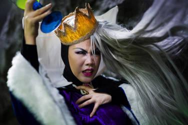 Snow White: Queen's Transformation